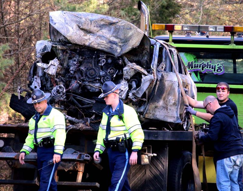 Bystander frees crash victim from fiery wreck in Wareham