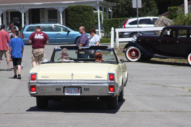Organizers Participants Revved Up For First 4th Of July Car Show